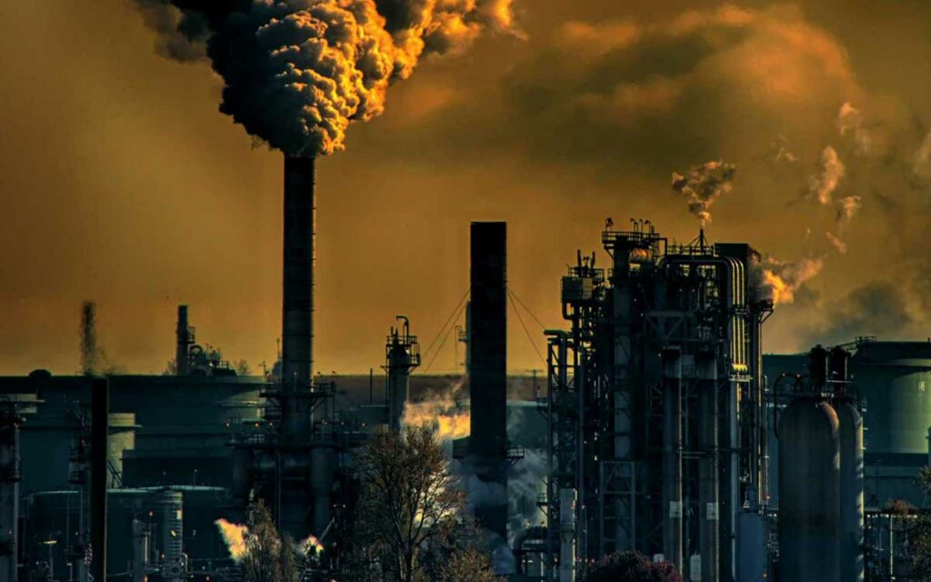 emissioni-gas-serra-carbon-tax